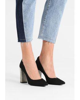 Neema High Heels