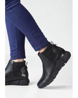 Waldina Wedge Boots