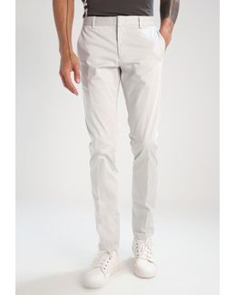 Piper Slim Fit Chinos