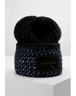 Mary Heavy Hat