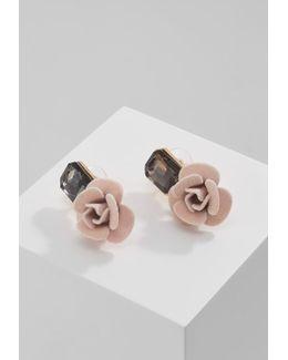 Oloiwen Earrings