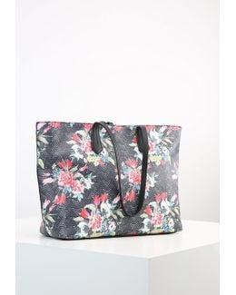 Prilissa Handbag