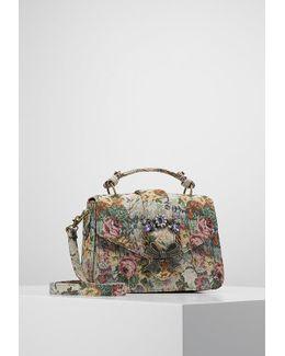 Telawen Handbag