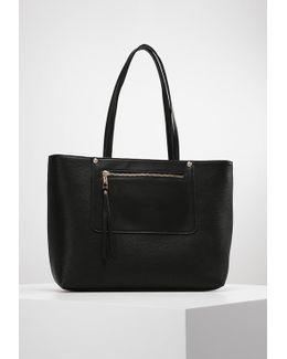 Hiolair Handbag