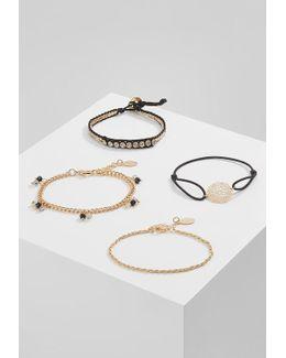 Gilba 4 Pack Bracelet