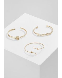 Alelini 3 Pack Bracelet
