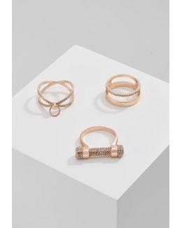 Lender 3 Pack Ring