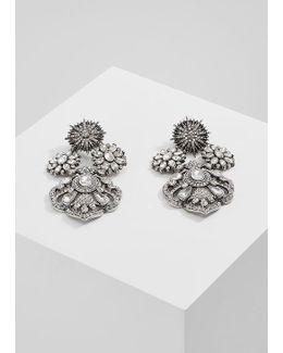 Doring Earrings
