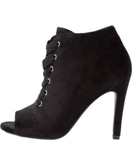 Sannitica Ankle Boots