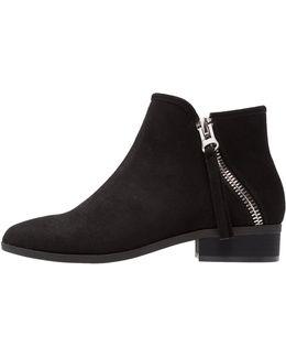 Kilillan Ankle Boots