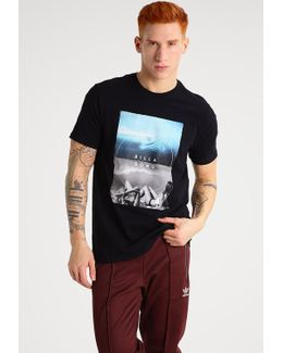 Memories Tailored Fit Print T-shirt