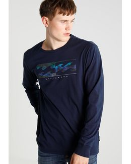 Inverse Core Fit Long Sleeved Top