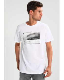 Cliffs Print T-shirt
