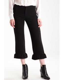 Logan Crop Ruffle Trousers