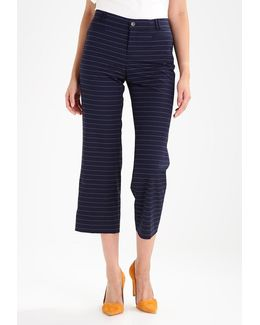 Logan Crop Tie Trousers
