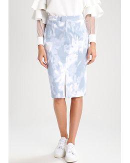 Loren Floral Pencil Skirt
