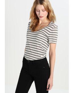 Signature Scoop Stripe Print T-shirt