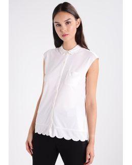 Scallop Hem Collar Shirt