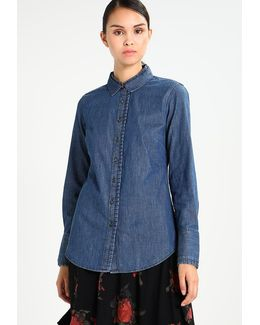 Ls Riley Pleated Collar Shirt