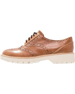Witcombe Echo Lace-ups