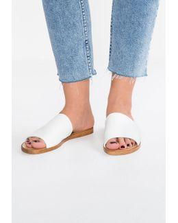 Leny Sandals