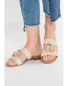 Newday Sandals
