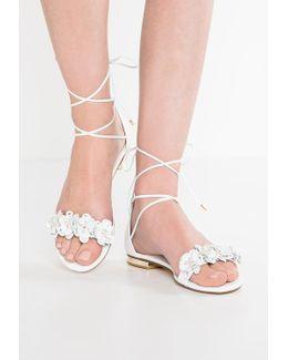 Nigella Sandals