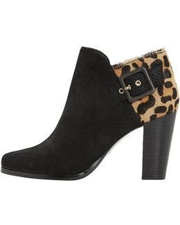 Oaklee Ankle Boots