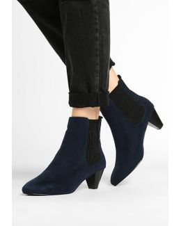 Bev Ankle Boots
