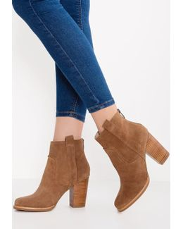 Avabba High Heeled Ankle Boots