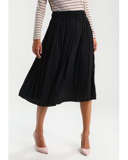 Pleated Midi Pleated Skirt