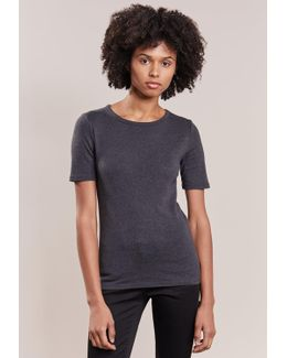 Perfect Fit Basic T-shirt