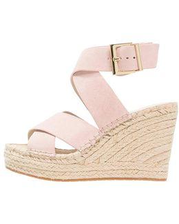 Oda Platform Sandals
