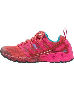 Versago Hiking Shoes