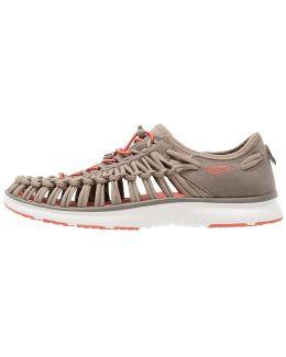 Uneek O2 Walking Sandals
