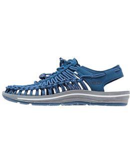 Uneek Walking Sandals
