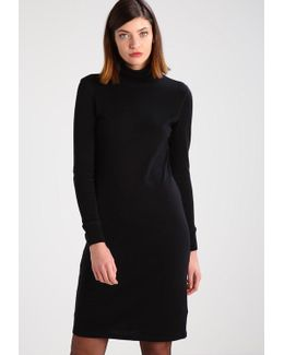 Iliesa Jumper Dress