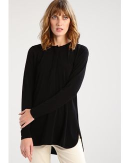 Suzette Long Sleeved Top