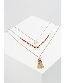 Pclina Necklace