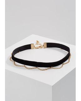 Pcnara Choker Necklace