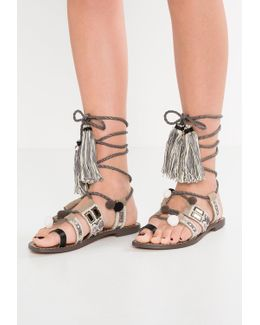 Gretchen T-bar Sandals