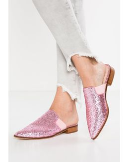 Doneen Sandals