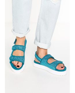 Damara Platform Sandals