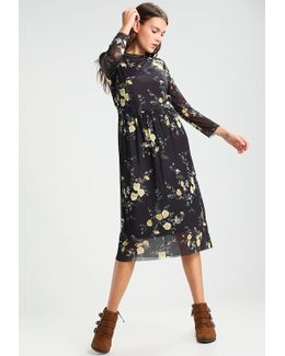 Vivianna Rose Summer Dress