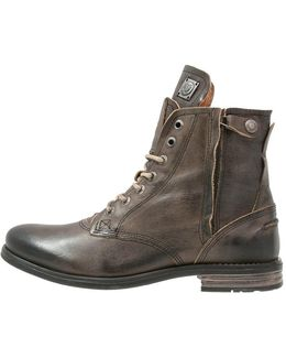 Kingdom Lace-up Boots