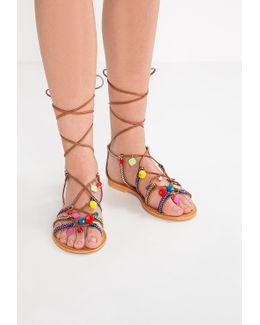 Ommaha Sandals