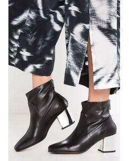 Xena Boots