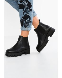 Bleeker Ankle Boots