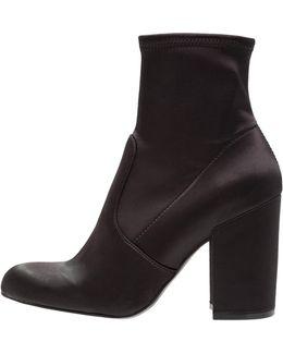 Gaze High Heeled Ankle Boots