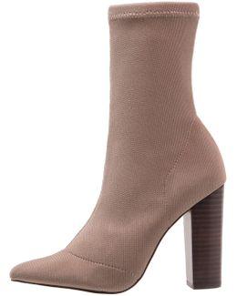 Siena Boots